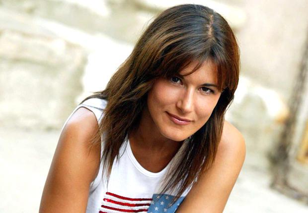 http://www.univers-l.com/images/plus_belle_la_vie_interview_marion_dumas.jpg