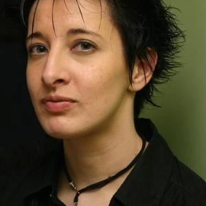 Isabelle Darmengeat