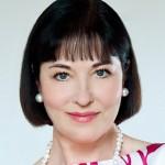Clarissa Von Anstetten (Isa Jank)