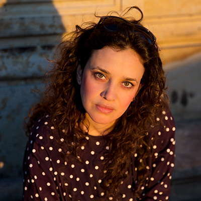 Ana Maria Hermida - La Luciérnaga